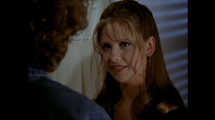 Buffy-Joyce-mother-daughter-moment-prophecy-girl